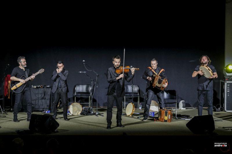 Il Canzoniere Grecanico Salentino (foto M.Andreola)